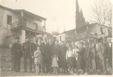 1954 ΣΥΝΟΙΚΙΑ ΤΣΑΚΑΤΙΚΑΙΙΚΑ